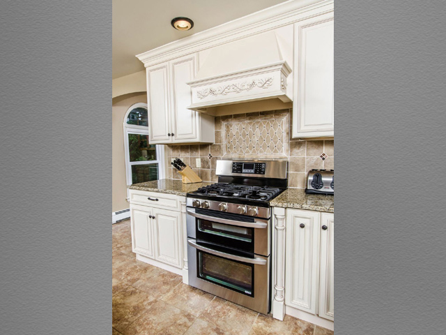Kitchen 12 8 kitchens direct inc for Kitchens direct