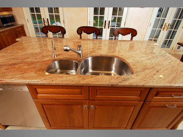 Kitchen 7 8 kitchens direct inc for Kitchens direct